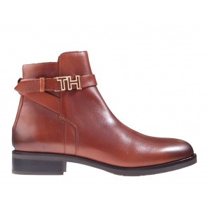 Tommy Hilfiger TH Hardware Flat Bootie